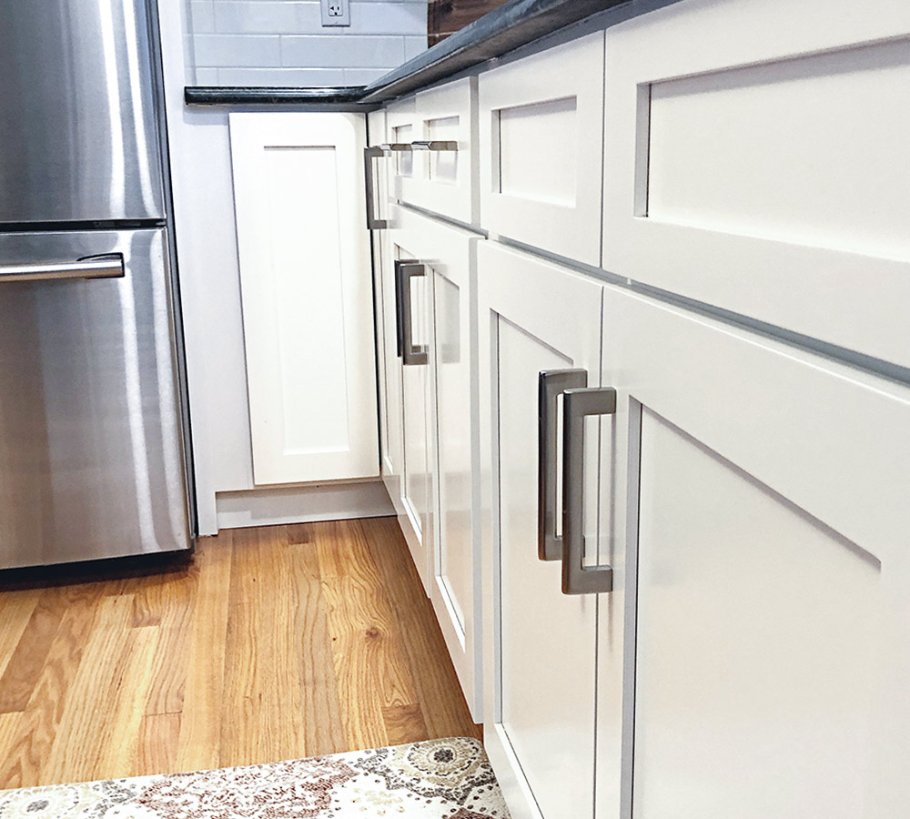 Danbury, CT Kitchen Cabinet Refinishing   Classic Refinishers